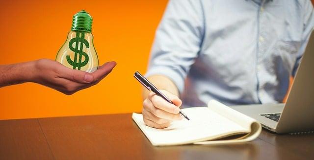 Cuánto debería cobrar un redactor freelance